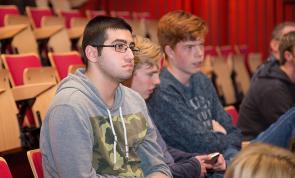 Studenten ICT naar Skills Heroes